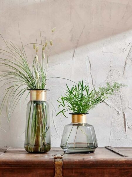 Illustration Vase en Verre Miza Fume