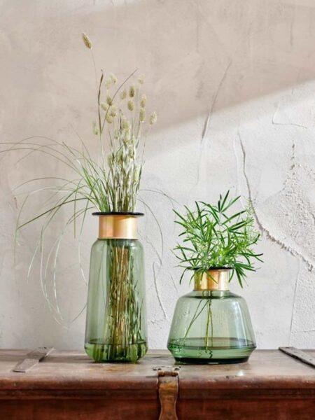 Illustration Vase en Verre Miza Vert